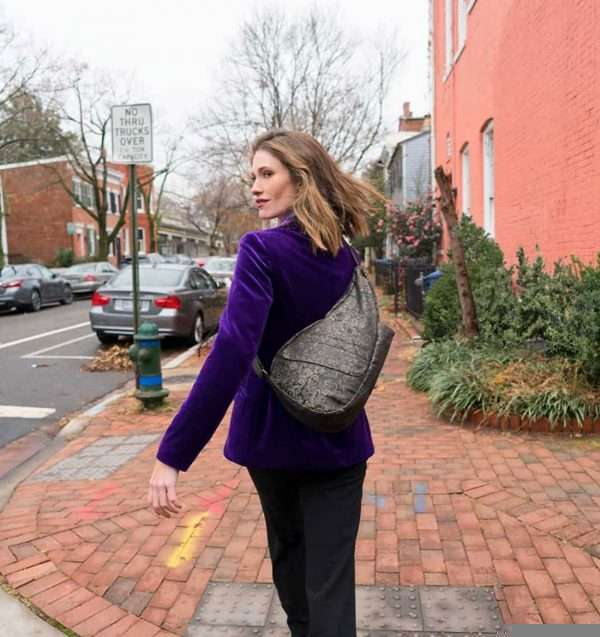 Healthy-Back-Bag-Black-Fleur-Small-19203BF4.jpg