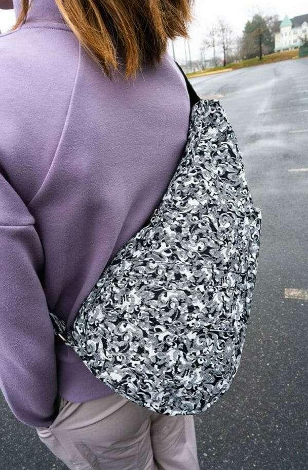 Healthy-Back-Bag-Textured-Nylon-Small-Circular-Motion-19243-BW5.jpg